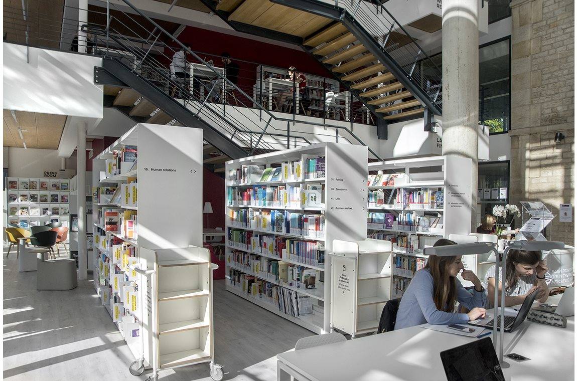 Burgundy School of Business, Dijon, Frankrike - Akademiska bibliotek